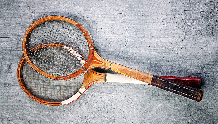 Two racquets for lesson